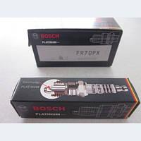 Свеча зажигания ВАЗ 2110, 2112, Калина, Приора 16 клапанные инжекторные Bochs Platinum