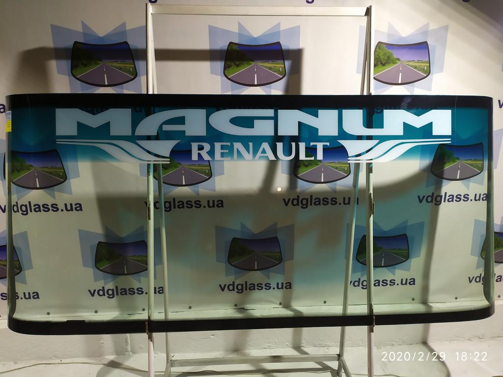 Лобовые стекла на грузовики и автобусы с логотипом марки авто или названием фирмы перевозчика.