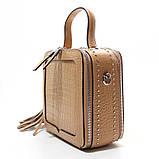 Коричневая мини сумка женская кожаная маленькая квадратная через плечо из натуральной кожи с кисточкой, фото 3