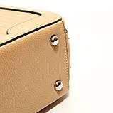 Коричневая мини сумка женская кожаная маленькая квадратная через плечо из натуральной кожи с кисточкой, фото 6