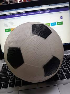Детский футбольный мяч маленький резиновый