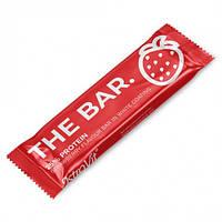 Батончик OstroVit The Bar, 60 грамм Клубника