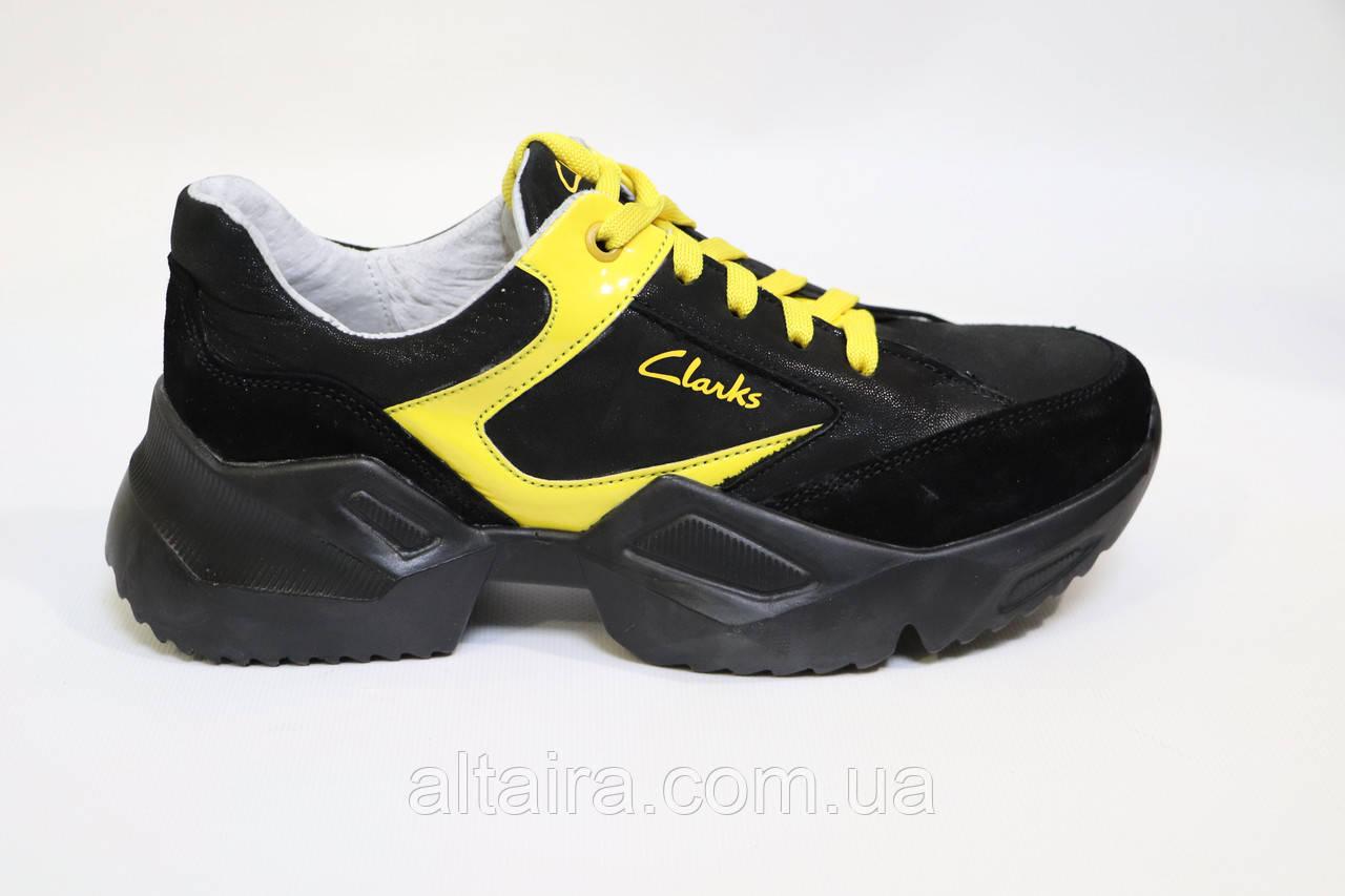 Женские черные кроссовки из натуральной кожи. Жіночі шкіряні кросівки чорного кольору.