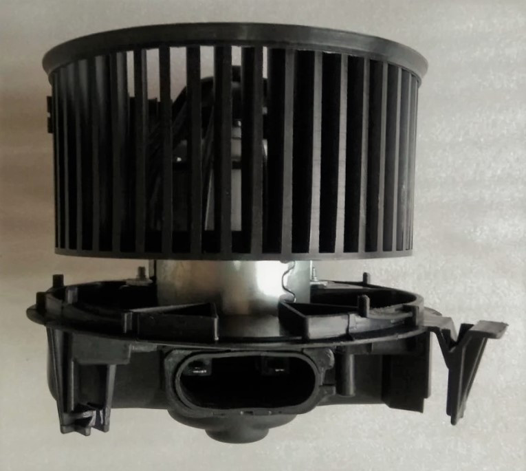 Мотор грубки (без кондиціонера) Renault Logan Ф1, Ф2, Sandero, Duster Корея