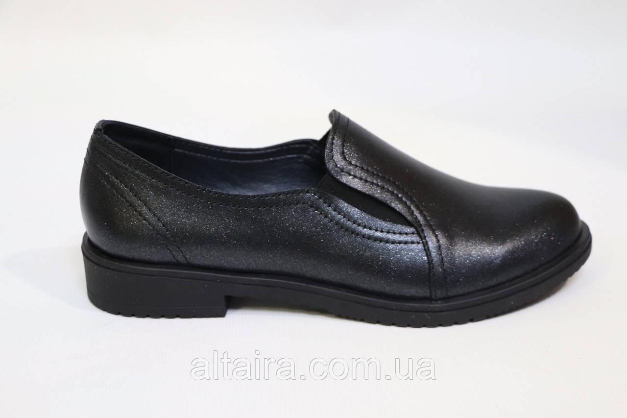 Женские черные туфли, из натуральной кожи. Жіночі шкіряні туфлі чорного кольору.