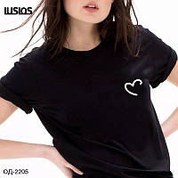 Женская базовая футболка Сердце Разные цвета, фото 1