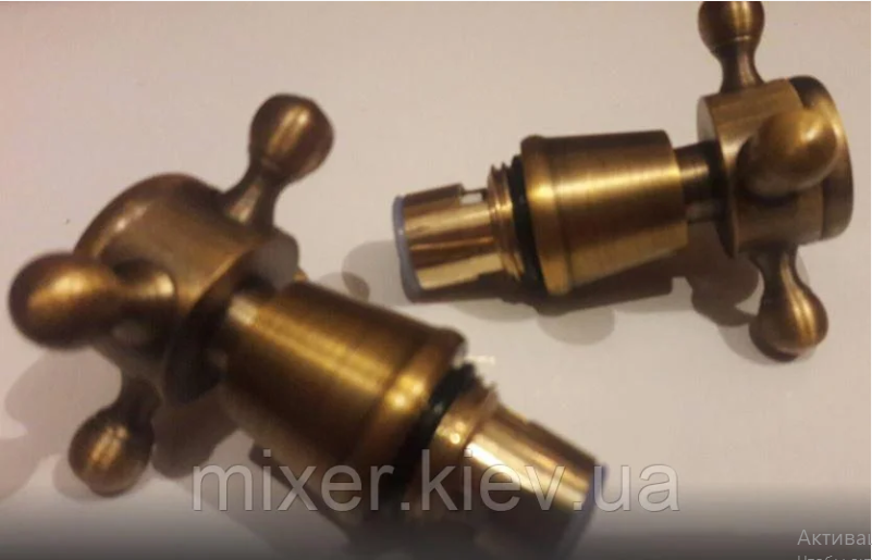 Ручки (вентилі) для змішувача бронза 7-052