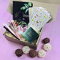 Подарочный Бокс City-A Box #12 для Женщин Набор Красота и Канцелярия из 9 ед.