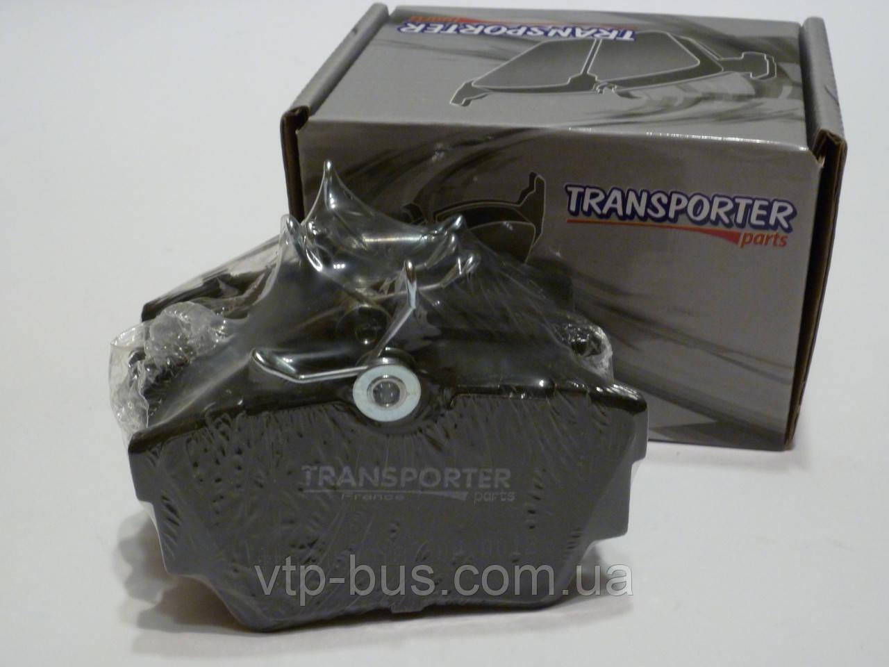 Тормозные колодки задние на Renault Trafic / Opel Vivaro с 2001... Transporter (Франция), 04.0153