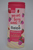 Крем-гель для душа Balea Cremedusche Iced Strawberry Клубника со льдом 300 мл