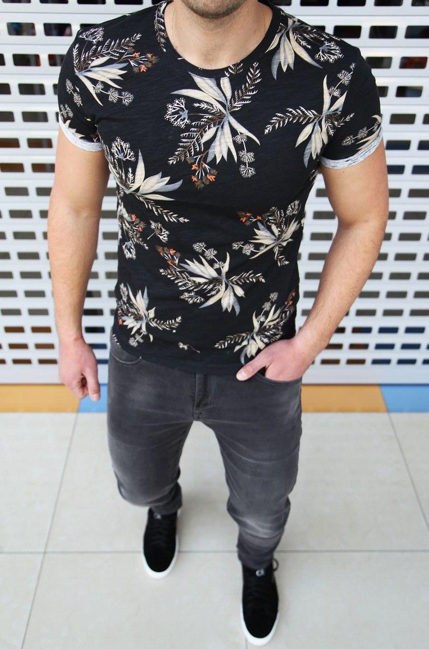 Мужская футболка в цветочный принт H0401 черная