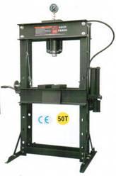 Пресс напольный пневмогидравлический 50000 кг ZX0901G-2