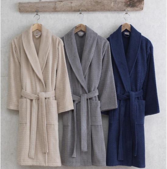 Халаты и пижамы