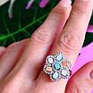 Срібний комплект: сережки і кільце у вигляді квітки з різнокольоровими кристалами, фото 9