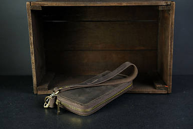 Кошелек клатч на круговой молнии с ремешком Винтажная кожа цвет шоколад