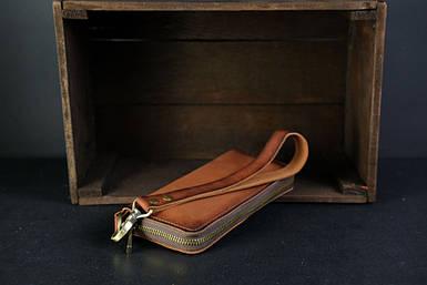 Кошелек клатч на круговой молнии с ремешком Кожа Итальянский краст цвет коричневый