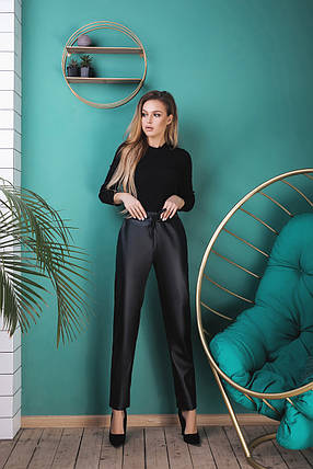 """Кожаные женские брюки """"Вайона"""" на резинке с карманами, фото 2"""