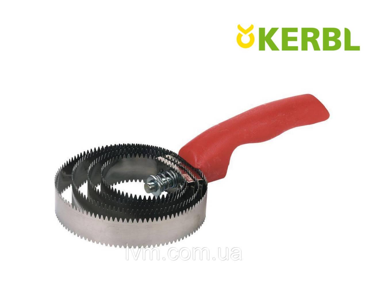 Скребница металическая СПИРАЛЬНАЯ крупнозубчатая KERBL (Германия)