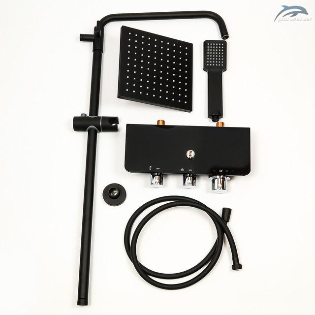 Термостатическая душевая система WEMI SBT-01 оборудована двумя действующими устройствами для комфортного приема душевых процедур.
