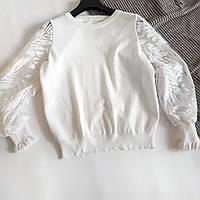 Нарядная белая кофта с красивыми рукавами