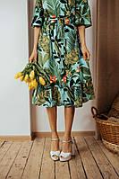 Женское платье под пояс ниже колен принт листья в размерах от 42 до 60