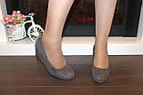 Туфли женские серые замшевые на танкетке Т061, фото 5