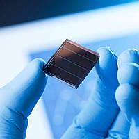 Корейські вчені підвищили ефективність тандемних сонячних панелей до 26,7%