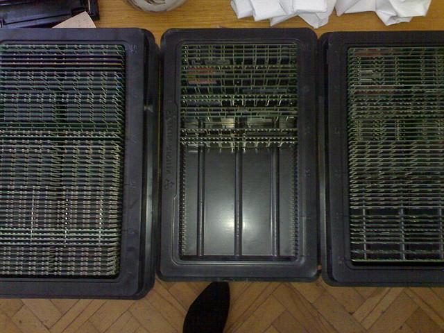 Модуль памяти DDR1 1Gb, 266Mhz/333Mhz/400Mhz, для ПК