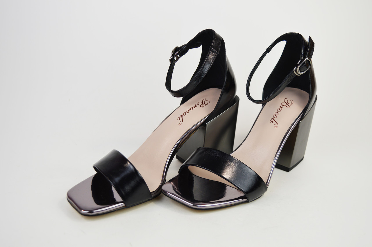 Босоножки с квадратным каблуком Brocoli 788156 Черные кожа