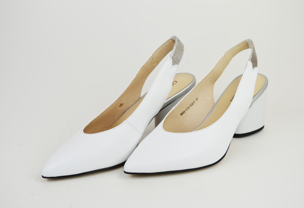 Босоножки с острым носком Geronea 60801 Белые кожа