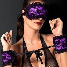 Ажурная маска для глаз и наручники