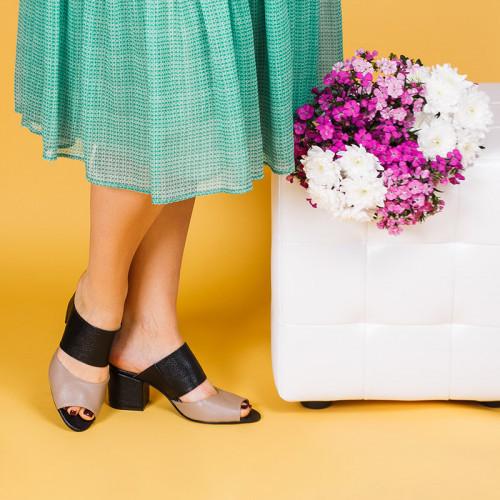 Шлепанцы летние кожаные на среднем каблуке 6 см