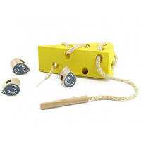 Іграшки з дерева Світ дерев'яних іграшок Шнурівка Сир (Д264)