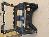Кронштейн крепления магнитоли VW Golf 6  5k0858005b, фото 2