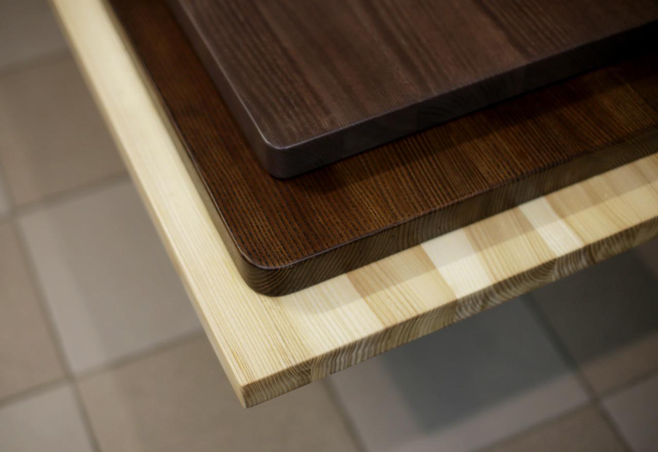 Квадратні дерев'яні стільниці для столів в кафе, бари, ресторани