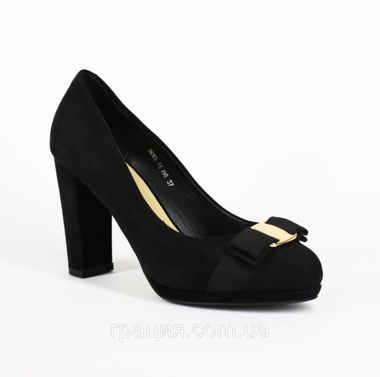 Туфлі жіночі замшеві на високому каблуці