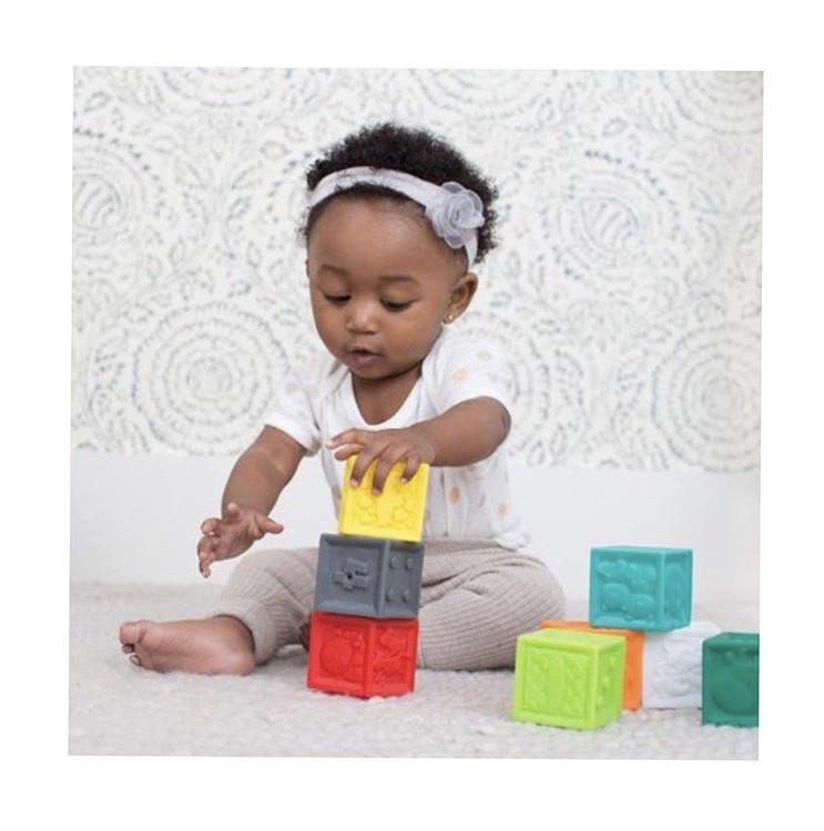 Набор развивающих кубиков Infantino