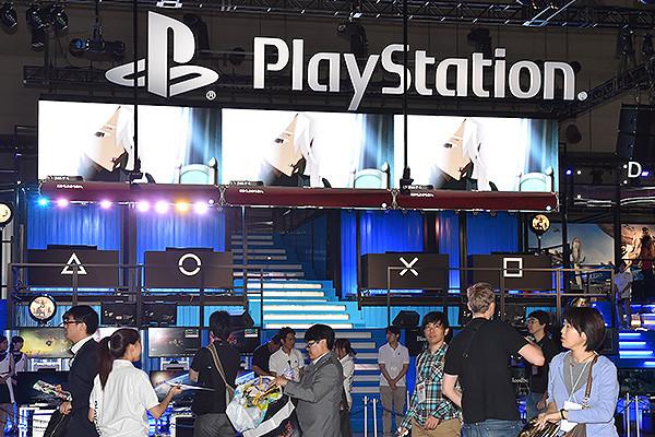 Xbox снижает цену на PlayStation