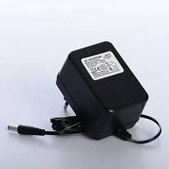 Зарядное устройство M 3583-CHARGER для мотоцикла M 3583, M 3273, M 3602, 12V, 700mA
