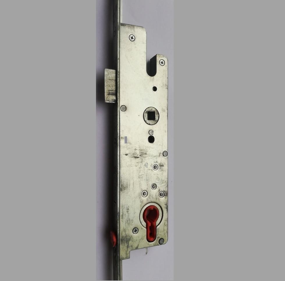 Замок рейка для металлопластиковых дверей FORNAX 110.210.392.138 2100 мм 92 мм 35 дорнмас