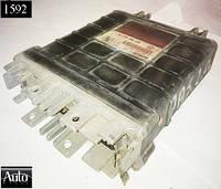 Электронный блок управления (ЭБУ) Volkswagen Passat / Seat Toledo 2.0 90-93г (2E)