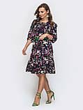 Платье миди с рукавом три четверти в цветочном принте темно-синий, фото 2