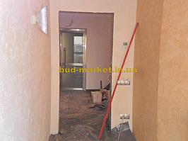 Установка межкомнатных дверей с витражными стеклами + подрезка и монтаж плинтусов 2