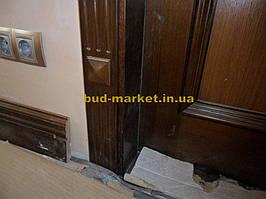 Установка межкомнатных дверей с витражными стеклами + подрезка и монтаж плинтусов 10