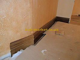 Установка межкомнатных дверей с витражными стеклами + подрезка и монтаж плинтусов 11
