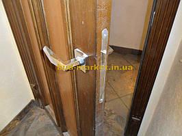 Установка межкомнатных дверей с витражными стеклами + подрезка и монтаж плинтусов 23