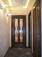 Установка межкомнатных дверей с витражными стеклами + подрезка и монтаж плинтусов 28