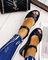 Летние женские кожаные чёрные сандалии Mario без каблука на танкетке и  липучке