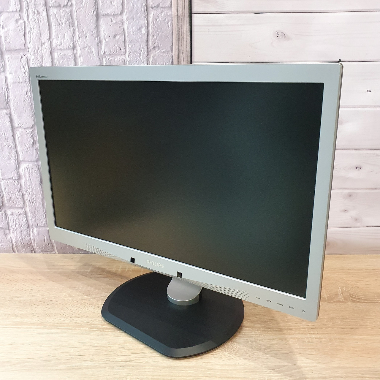 Монитор PHILIPS 23  (Матрица TN / DVI, VGA / Разрешение 1920x1080)