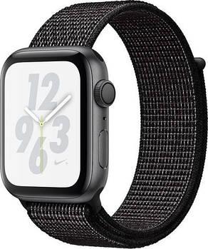 Смарт-годинник Apple Watch Series 4 GPS, 40mm Space Grey Aluminium Case with Black Sport Band A1977